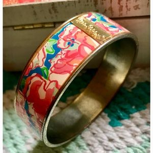 Lilly Pulitzer Pink Floral Bangle !! 🌺💕
